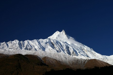 AROUND THE MANASLU
